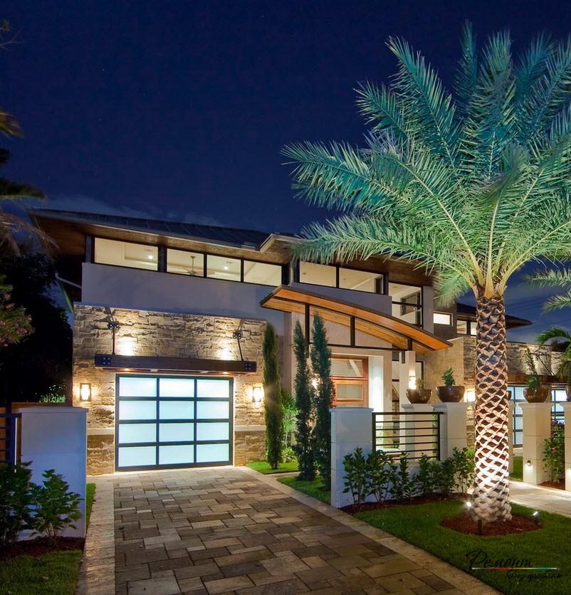 Оригинальный дизайн дома с выложенной площадкой
