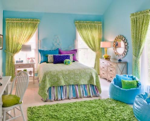 Голубой цвет делает комнату безграничной