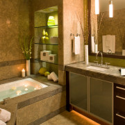 Подсветка в ванной комнате – удобство и дополнительный шарм