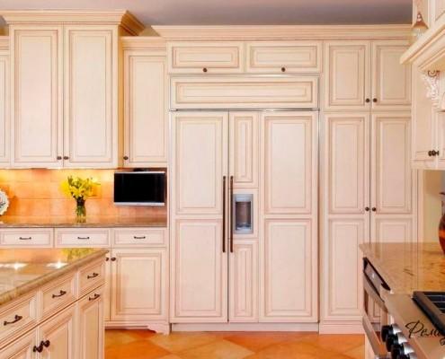 Мини-телевизор на кухне