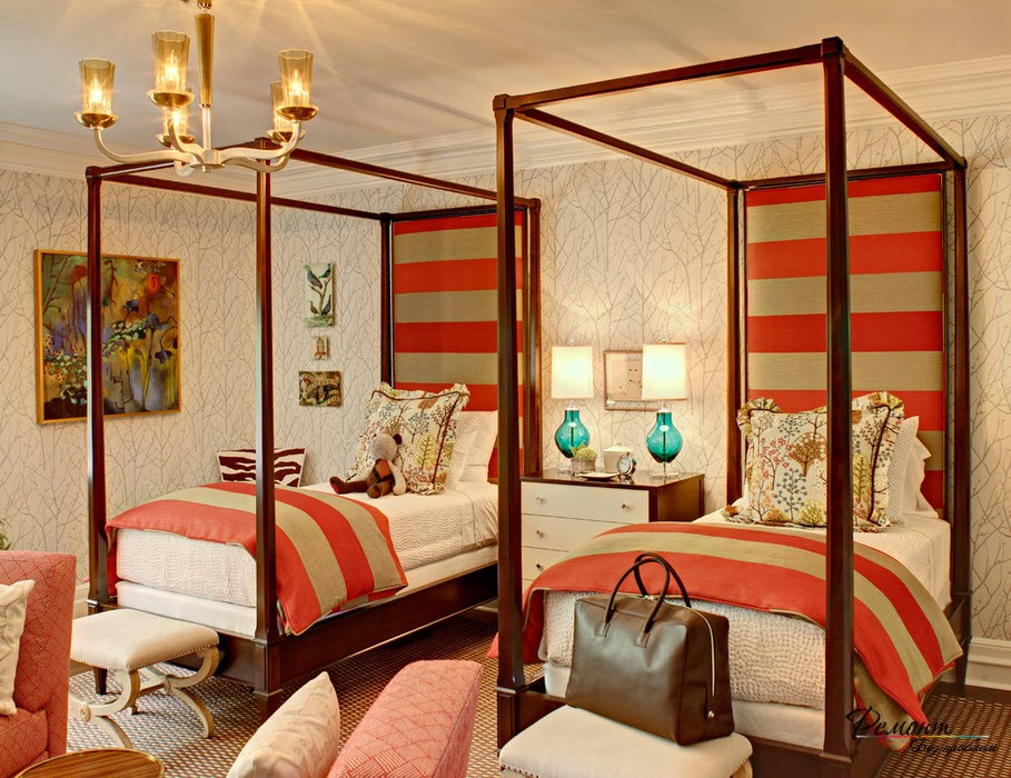 Дизайн спальни напротив кровати