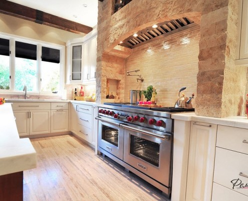 Вмонтированная кухонная вытяжка