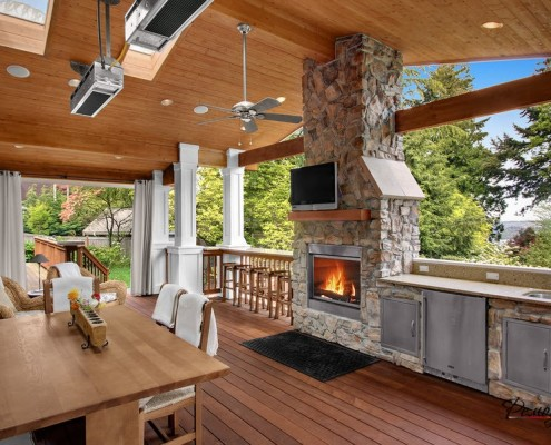 Роскошная летняя кухня из дерева
