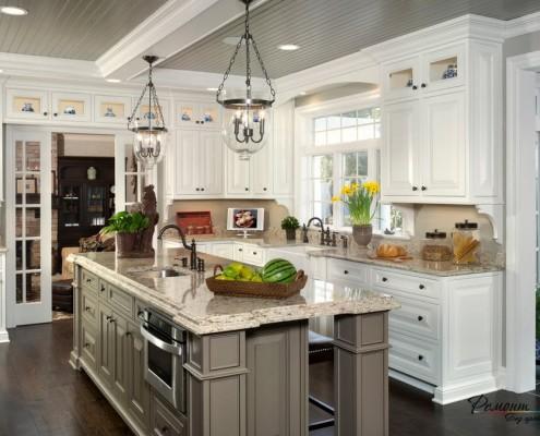 серый комод на кухне