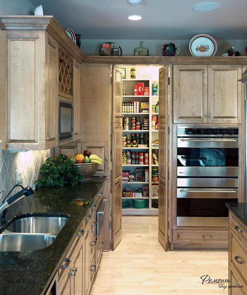 Рабочая зона в узкой кухне