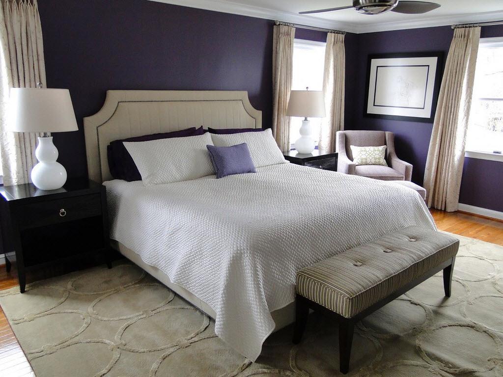 Пастельный текстиль и фиолетовые стены