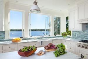 Угловая кухня в современном интерьере