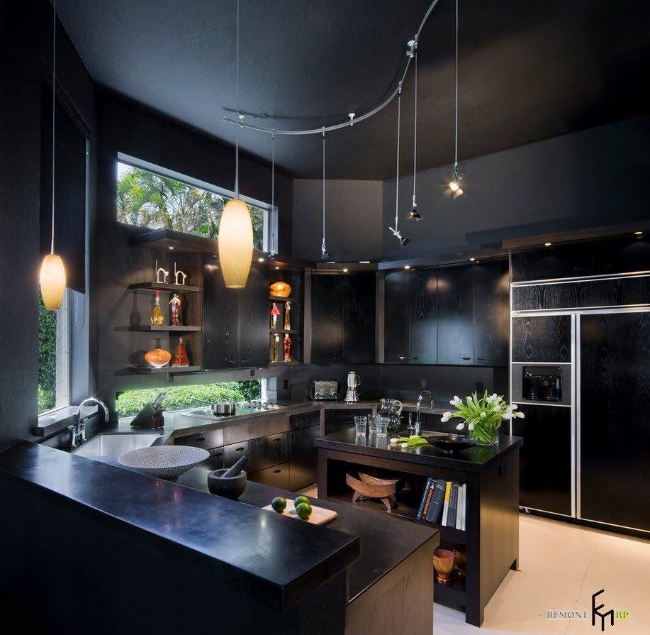 Тотально черная кухня