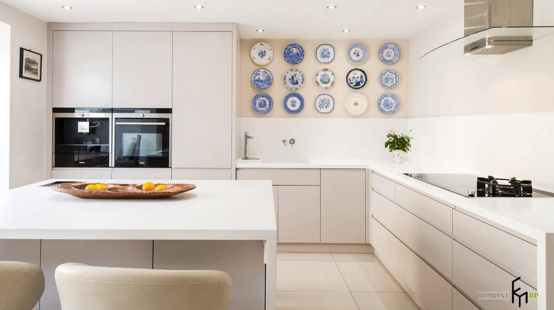 Пастельные оттенки для угловой кухни