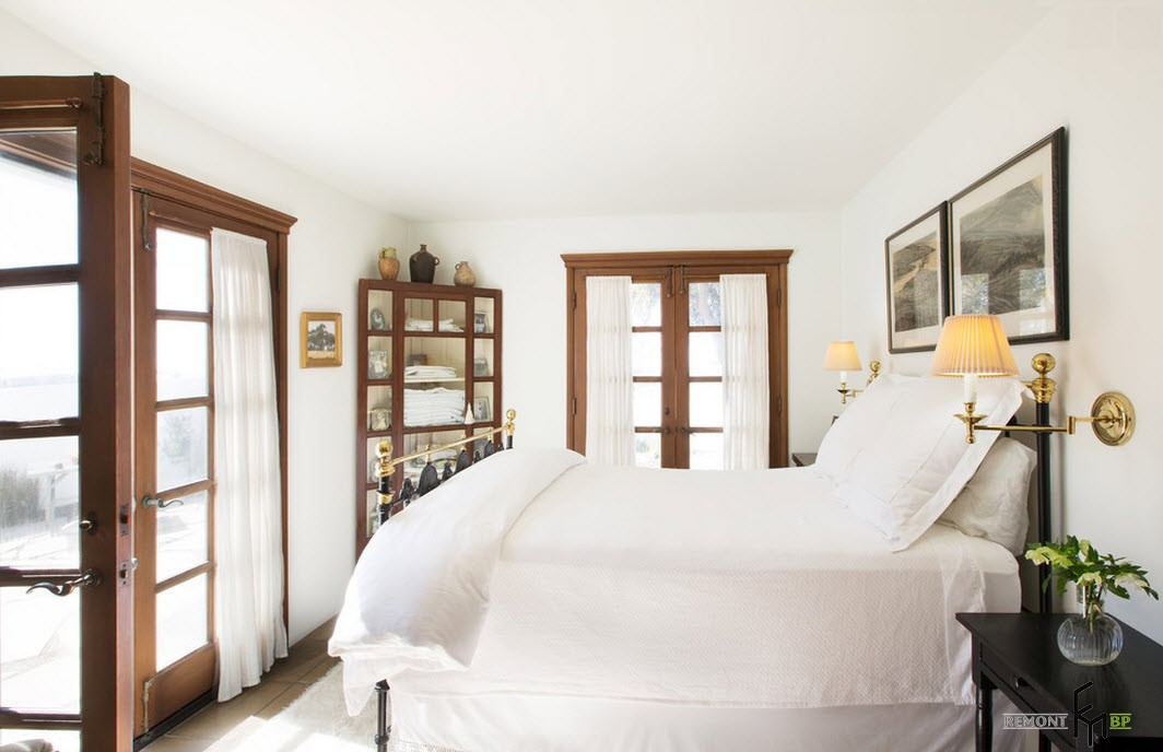 Идеально белая кровать