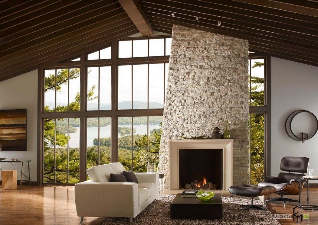 Камин для помещения с высоким потолком