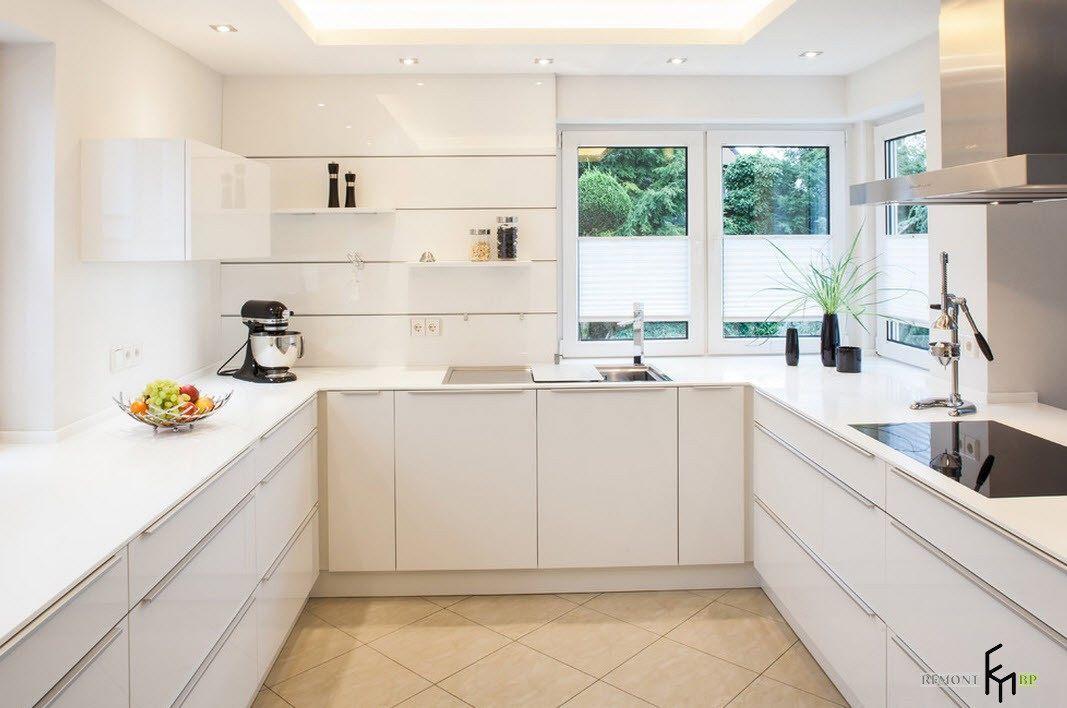 Светлые оттенки для маленькой кухни