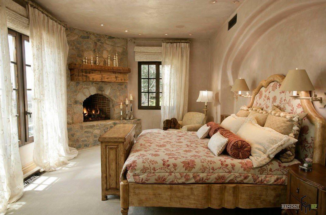 Камин для кантри-спальни