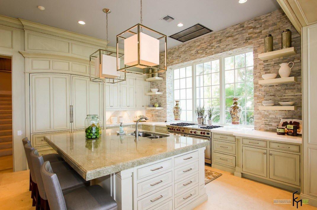 Кухня в светлой палитре