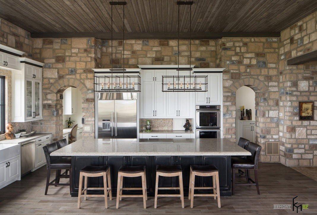 Каменная отделка в современной кухне