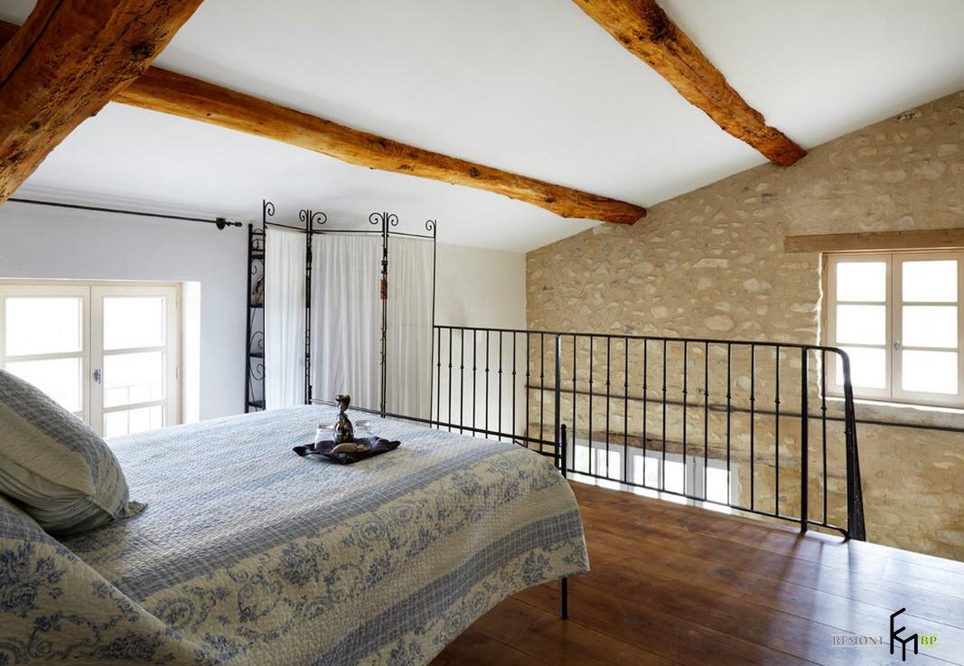 Интерьер спальни в доме