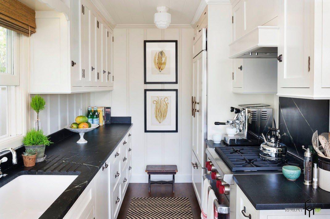Черные столешницы для белой мебели
