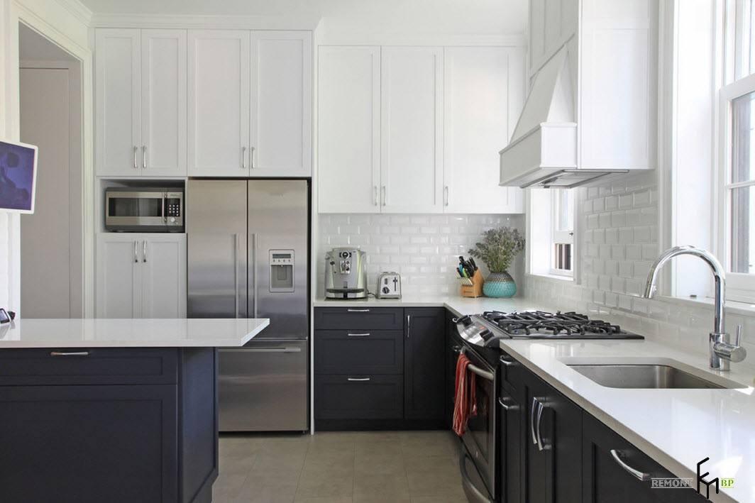 Бело-серые тона для кухни