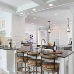Многообразие барных стульев для современной кухни