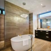 Плитка для облицовки современной ванной комнаты