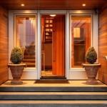 Практичное и креативное оформление крыльца частного дома