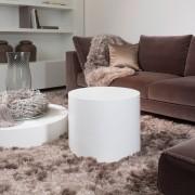 Коричнево-белое оформление гостиной