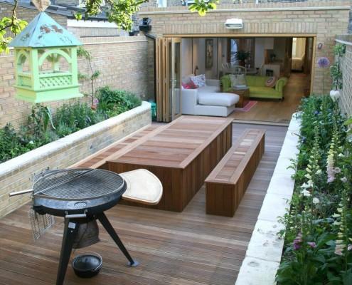 Стационарная мебель из дерева