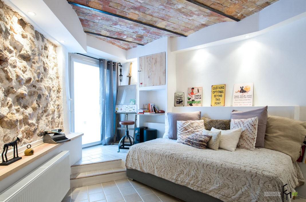 Ассиметричная спальня в стиле лофт