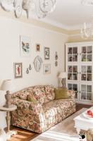 Солнечный интерьер калининградского дома