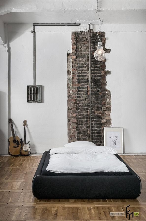 Минимальная обстановка в спальне