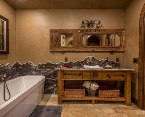 Бежевые тона в интерьере ванной
