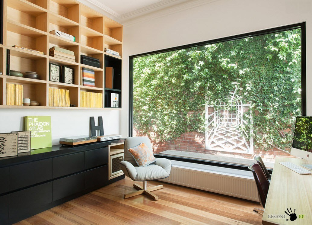 Большое окно для кабинета