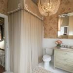 Дизайн-проект маленькой ванной комнаты в традиционном стиле
