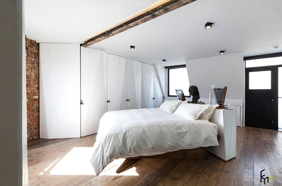 Белые оттенки в интерьере спальни в стиле лофт