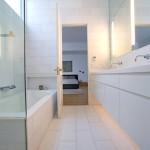 Все оттенки белого для ванной комнаты