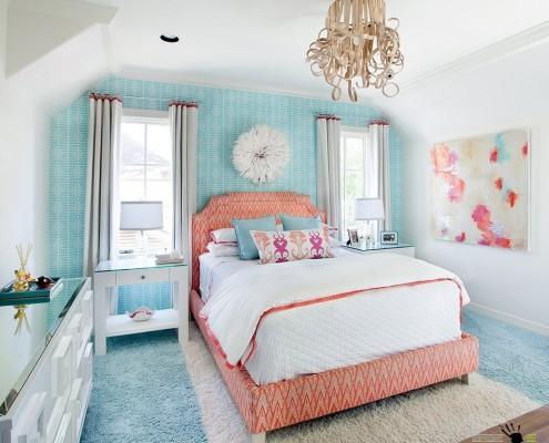 Оформление стен в современной спальне