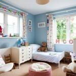 Оформляем стены в детской красиво и практично