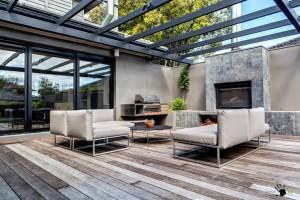 Зона барбекю для современного частного дома