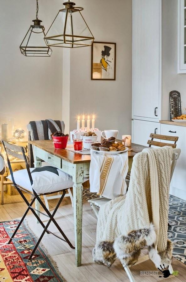 Уютный интерьер небольшого дачного домика в Дании на фото