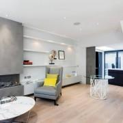 Интерьер современной квартиры с мансардой