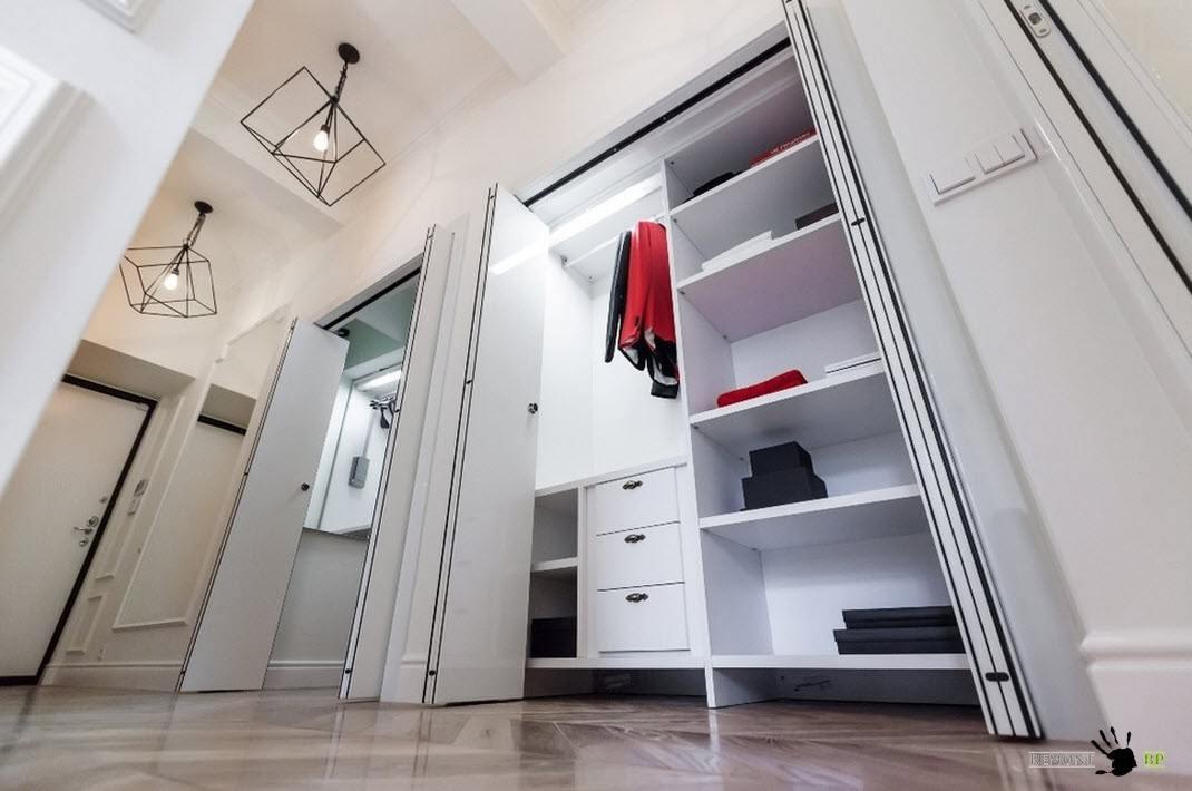 Системы хранения для коридора
