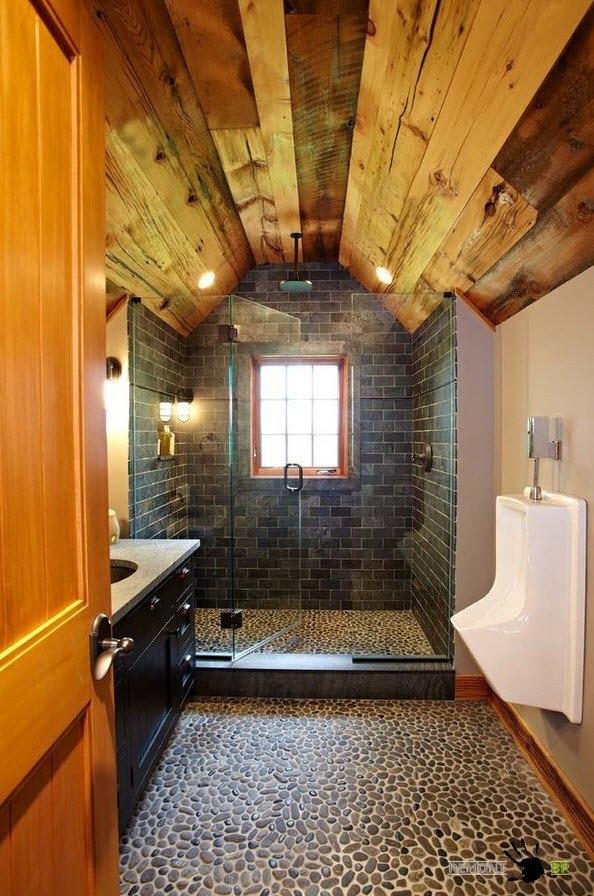 Деревянные брусья в декорировании ванной комнаты