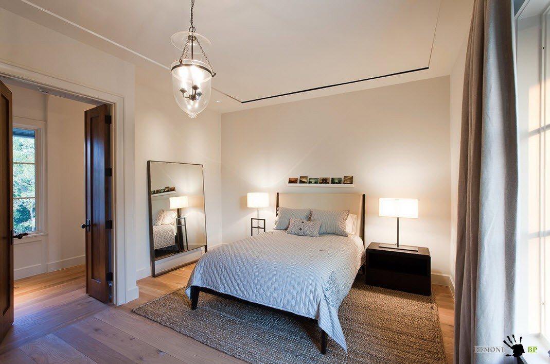 Просторная спальня