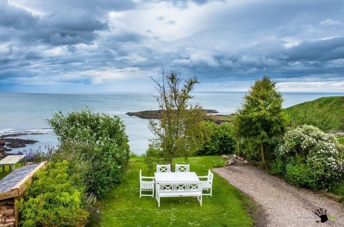 Шотландский дом у моря