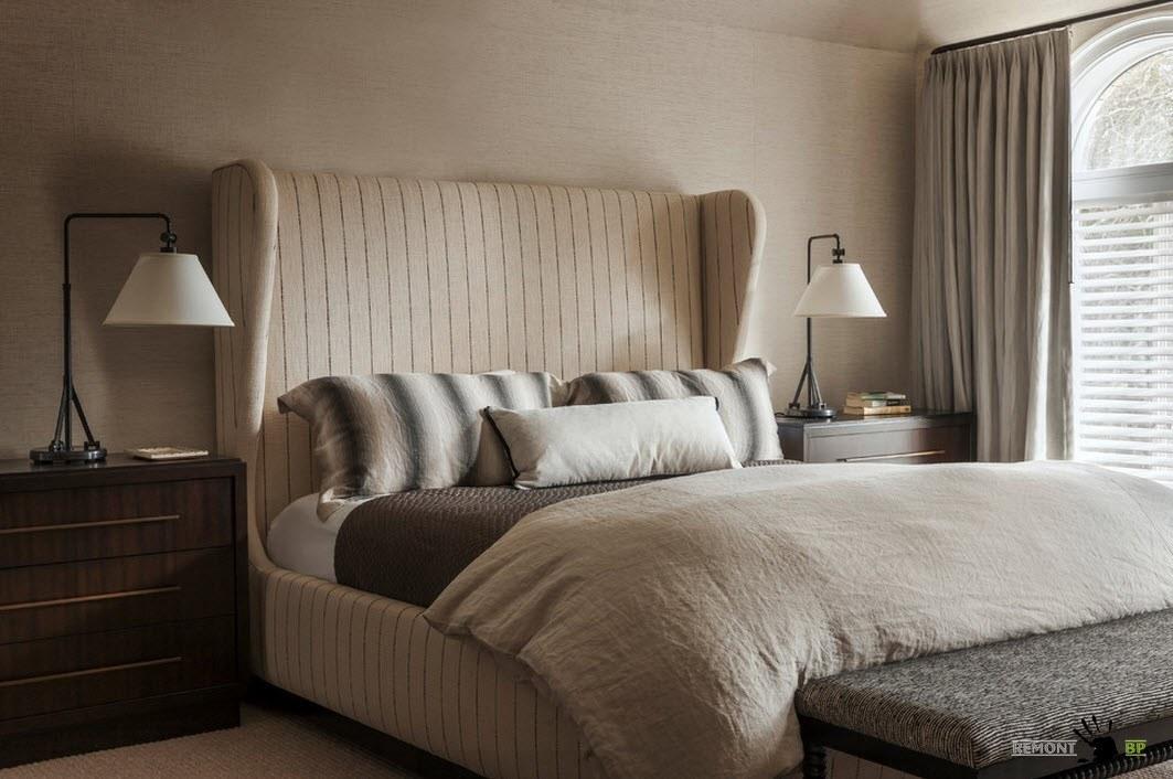 Мягкая обивка кровати