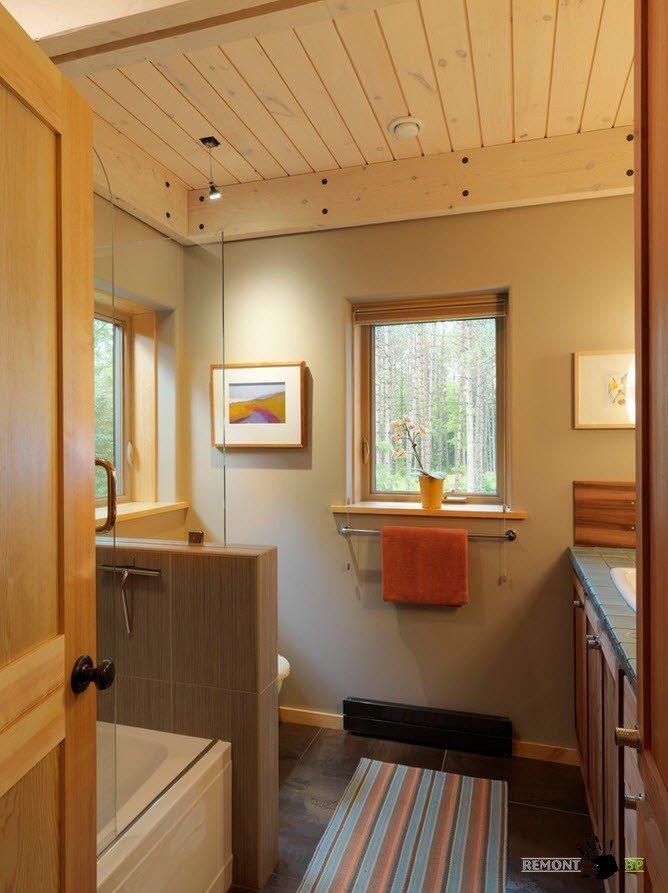 Оригинальное оформление потолка в ванной комнате