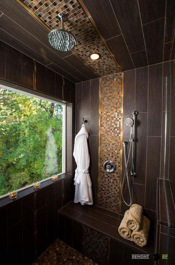 Мозаика на потолке в ванной