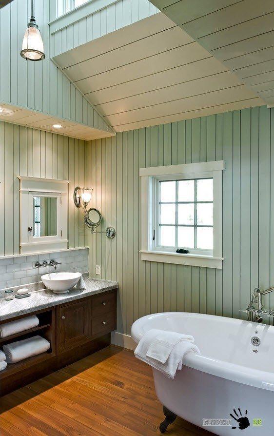 Потолок в ванной комнате в кантри стиле