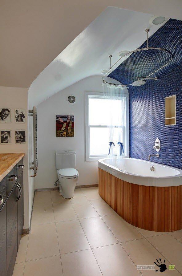 Сочетание цветовнапотолке в ванной