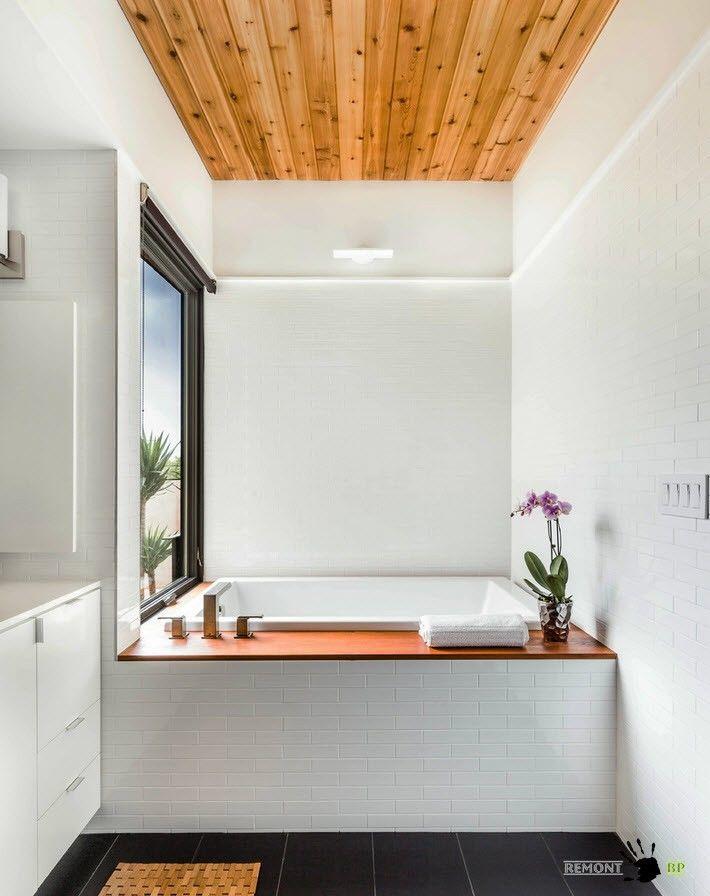 Использование дерева для декорирования потолка